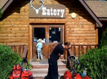 A great place to eat at Lola Hot Springs Resort. Photo by Tracy the Astonishing