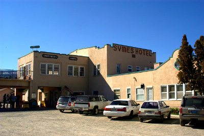 The exterior of the Symes Hotel. Photo by Matthew Boulanger